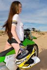 pp0002_girl_orgasm_motorcycle_005_small